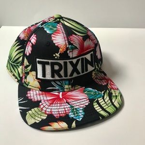 Accessories - TRIXIN floral snapback hat (never worn!)